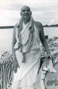 swami-sivananda-and-ganga1