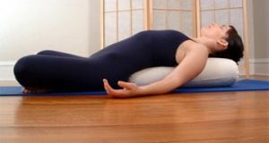 yoga_bolster